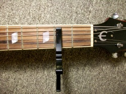 split guitar capo