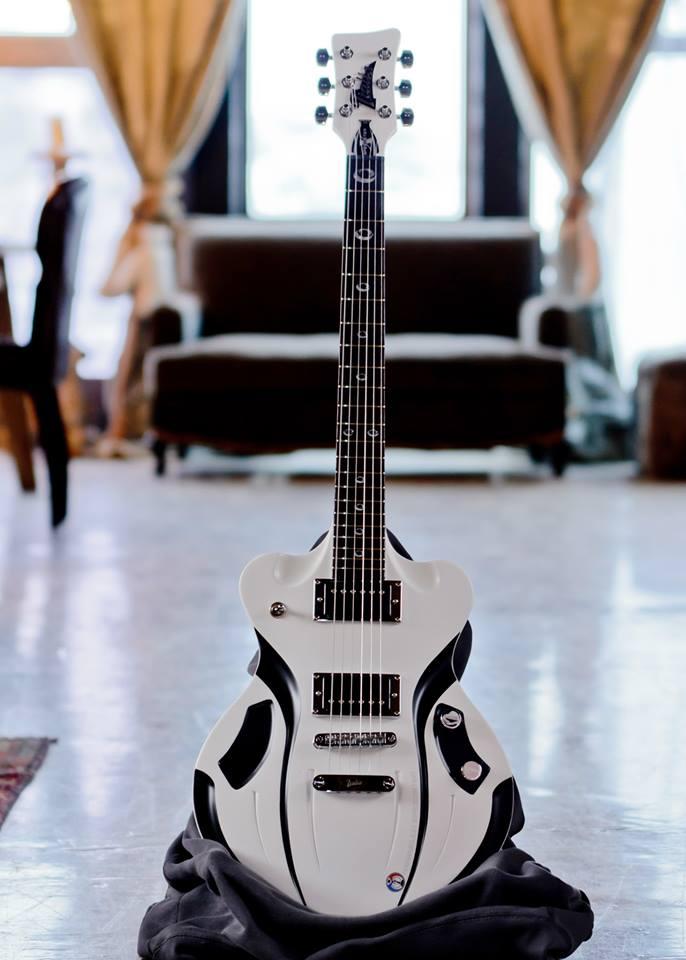 Italia Speedster Electric Guitar Unique Wierd Awesome